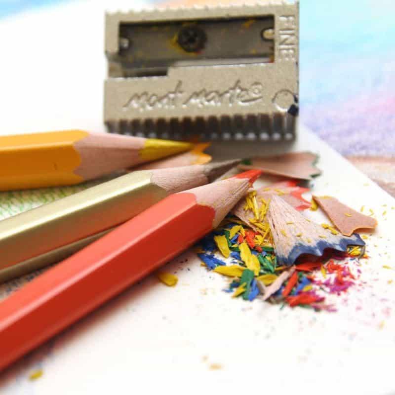 Mont Marte Colour Pencils Essential Colours September 2021